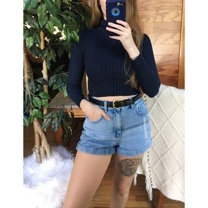 🌿 Vintage Ribbed Navy Cropped Turtleneck 🌿